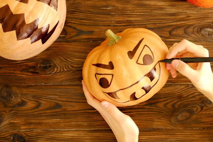 Atelier peinture sur le thème : « Fêtons Halloween »