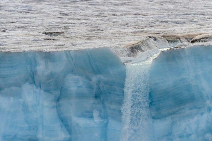 Réunion poésie sur le thème : Quoi penser de la fonte des glaces et de la pollution ?